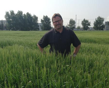 Paul-in-Barley-Field_cropped